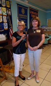 Judy Hall presents Paul Harris Plus One to Sharon Marshall (1)